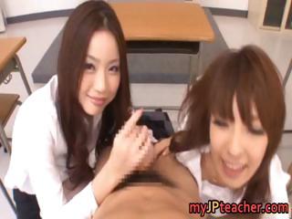 An Mashiro And Risa Kasumi..